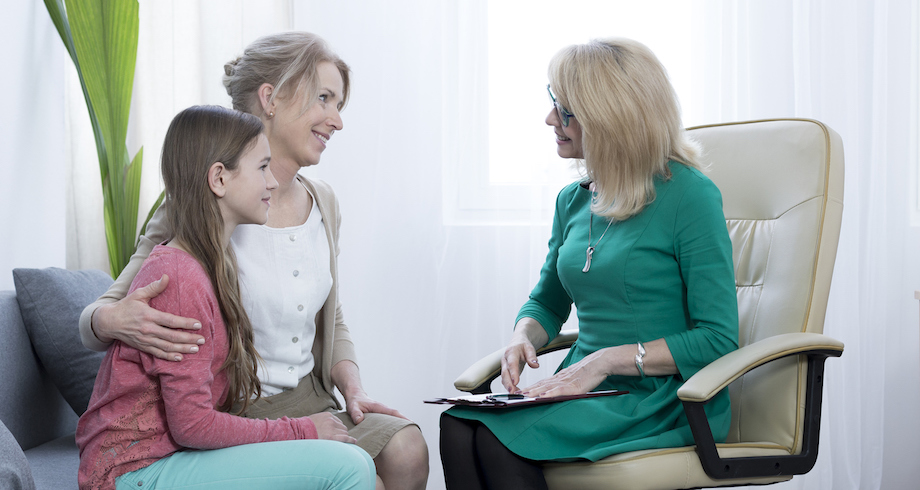 How to select the right mental health counselor for your family