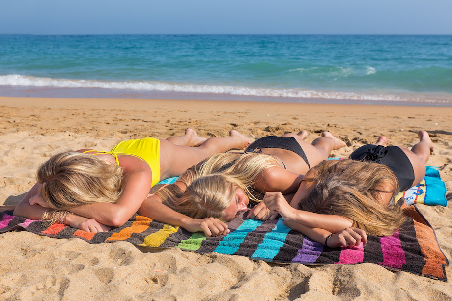 What every parent should know about teens and tanning